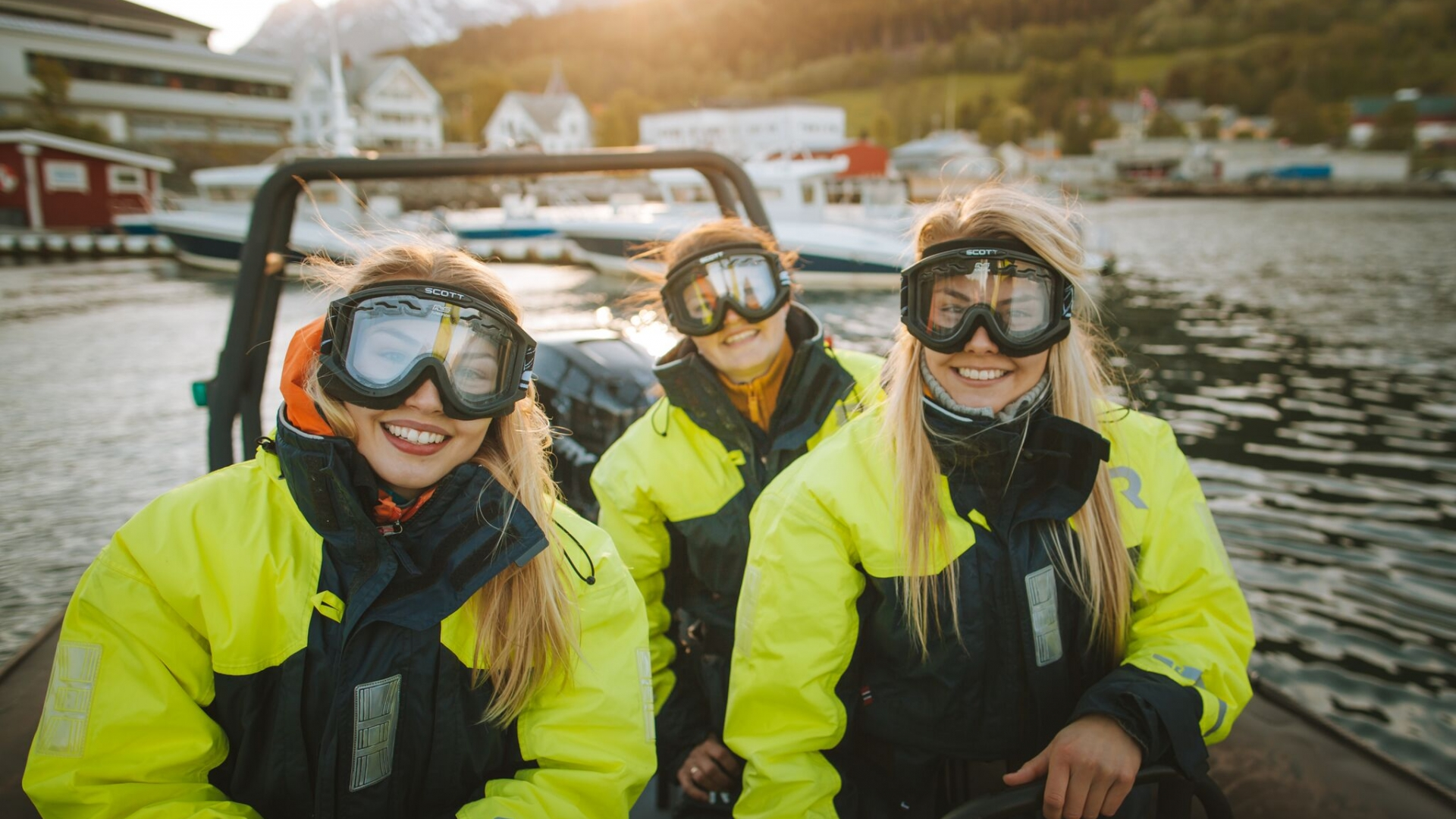 Girls on RIB boat in Lyngen