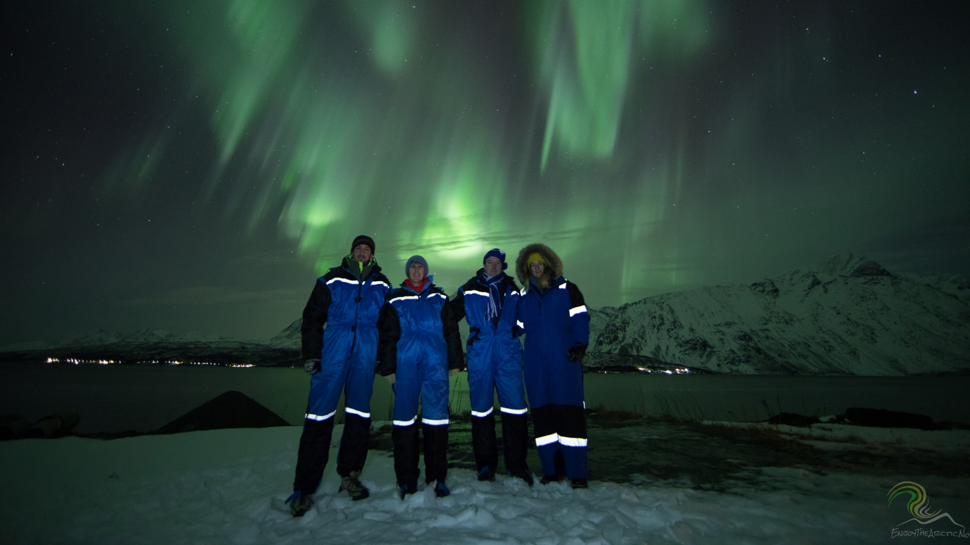 Friends under the Northern Lights