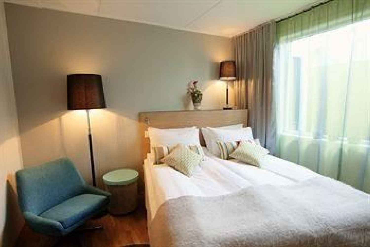 Thon Hotel Tromsø is perfect for the business traveller looking for comfort and a central location