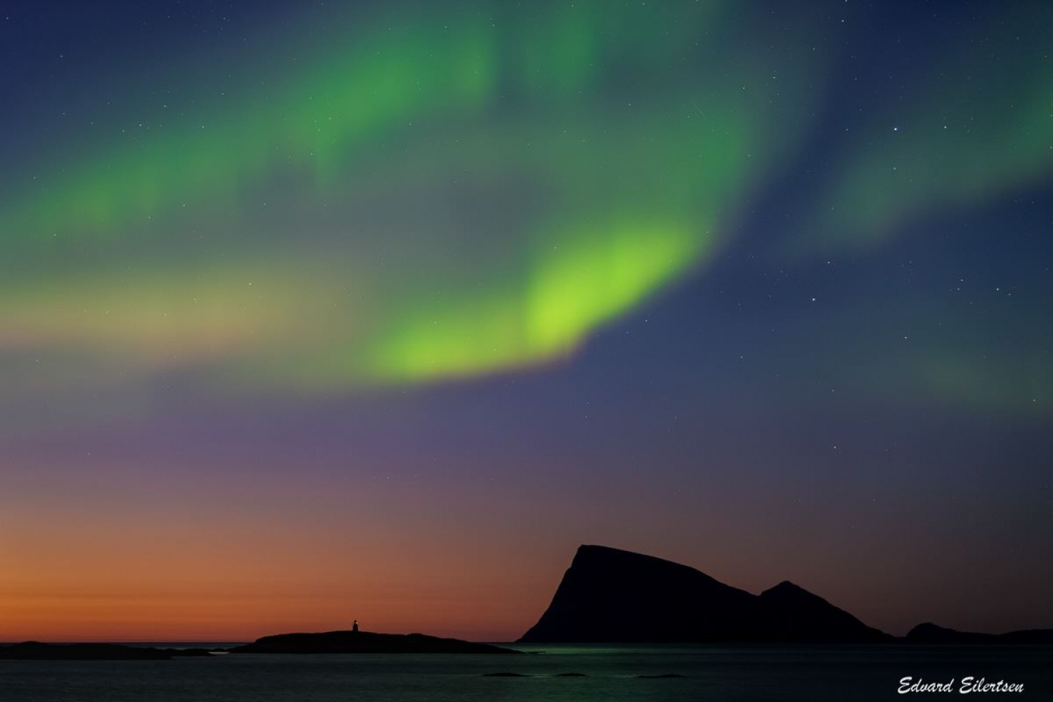 Northern Lights above the island of Håja